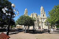 Catedral metropolitana de Hermosillo,Virgen de la Asunción,majestuosa construcción que se inició en 1877,mide 30 metros de altura es el principal templo de la Arquidiócesis de Hermosillo, y uno de los edificios más representativos de la ciudad.