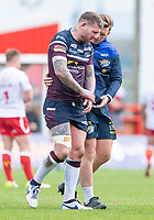 Picture by Allan McKenzie/SWpix.com - 29/04/2018 - Rugby League - Betfred Super League - Hull KR v Leeds Rhinos - KC Lightstream Stadium, Hull, England - Leeds's Brett Delaney leaves the field with an injury.