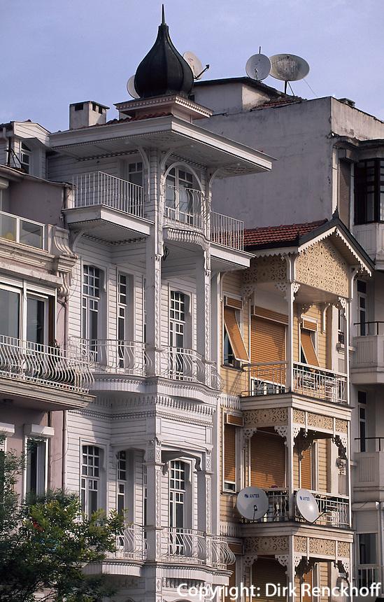 Türkei, Holzhäuser in Arnavutköy in Istanbul