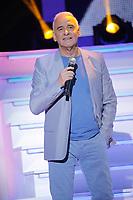 Michel Fugain durant l'enregistrement du programme télé de divertissement 'Hier Encore', 4ème enregistrement, ayant pour parrain d'honneur Charles Aznavour, à l'Olympia Bruno Coquatrix, à Paris, le 8 janvier 2014, France, Europe.<br /> © ALLAMAN/ DALLE