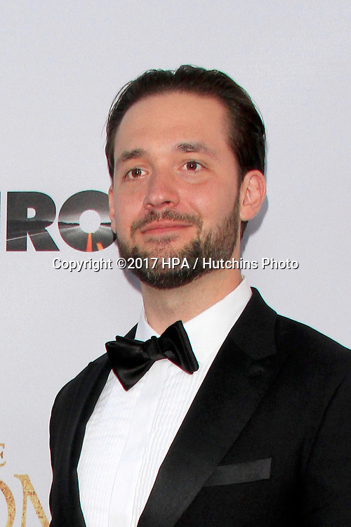 "LOS ANGELES - APR 12:  Alexis Ohanian at the ""The Promise"" Premiere at the TCL Chinese Theater IMAX on April 12, 2017 in Los Angeles, CA"