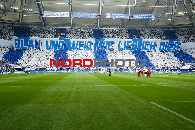 02.05.2015, Veltins-Arena, Gelsenkirchen, GER, 1.FBL, FC Schalke 04 vs VfB Stuttgart, im Bild Choreographie der Nordkurve<br /> <br /> Foto &copy; nordphoto / Rauch
