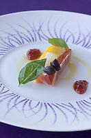 """Europe/France/2A/Corse-du-Sud/Porto-Vecchio: Hotel-Restaurant """"Casadelmar"""" route de Palombaggia - fraicheur de langouste, tomate pachino et melon-recetet ed Davide Bisetto"""