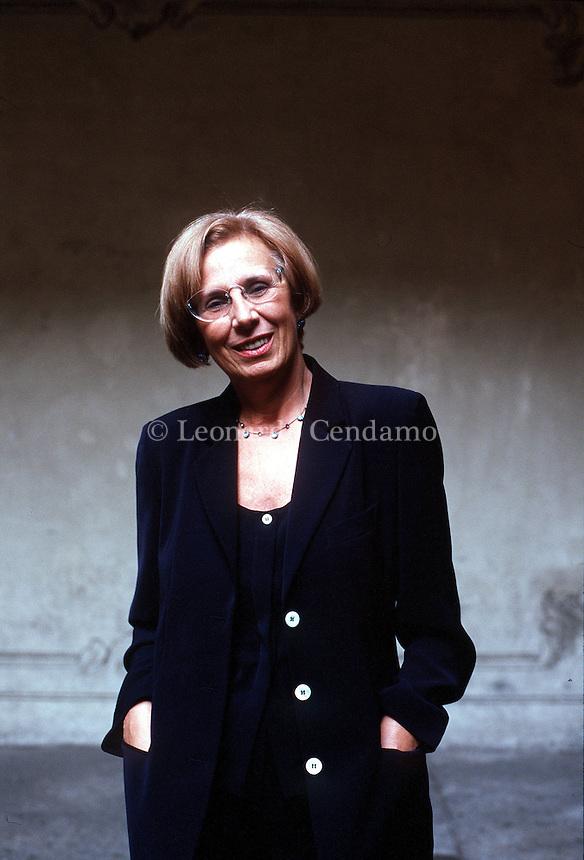 MAR 2000: ANNA SCHELOTTO, PSYCOLOGIST © Leonardo Cendamo
