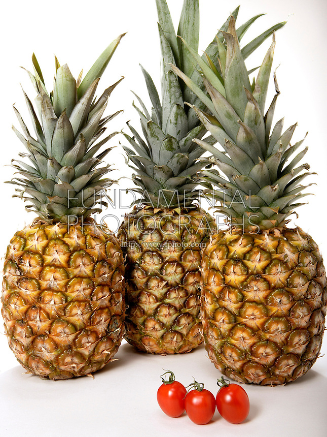 3 PINEAPPLES &amp; 3 TOMATOES HAVE DIFFERENT MASS: Comparing Quantity And Mass<br />