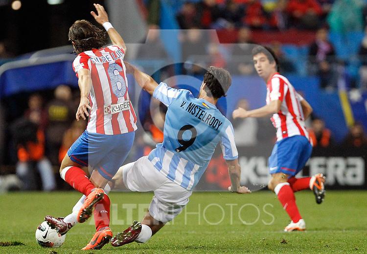 Atletico de Madrid's Filipe Luis and Malaga's Ruud van Nistelrooy (r) during La Liga match. Mayo 5,2012. (ALTERPHOTOS/Arnedo & Alconada)