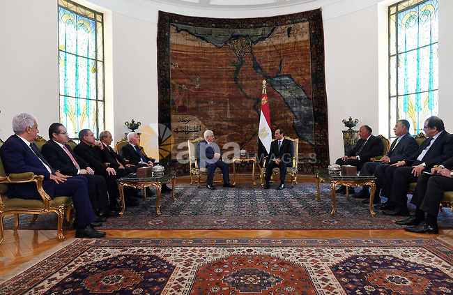 Palestinian President Mahmoud Abbas meets with Egyptian President Abdel Fattah al-Sisi in Cairo, Egypt, on July 9, 2017. Photo by Thaer Ganaim