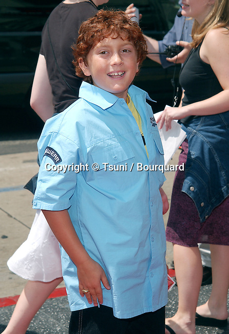Daryl Sabara arriving at the Spy Kids 2: The Island of Lost Dreams premiere at the Chinese Theatre in Los Angeles. July 26, 2002.           -            SabaraDaryl02.jpg