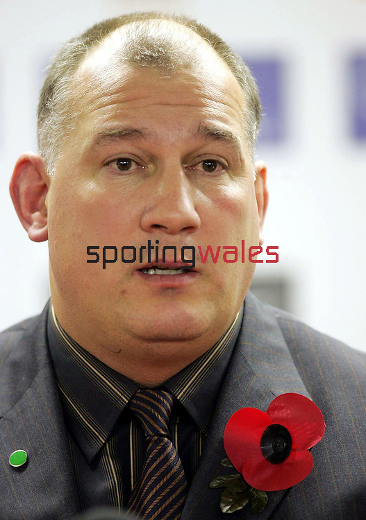 Wales coach Mike Ruddock after the centenary test match vs Wales at Millennium Stadium, Cardiff, Saturday 5 November 2005. The All Blacks won the match 41-3.COPYRIGHT: FOTOSPORT/DAVID GIBSON, MILLSTONE BROW, BY CARNWATH, LANARKSHIRE, ML11 8LJ, SCOTLAND, UK TEL: 01501 785 060 MOBILE: 07774 444 787
