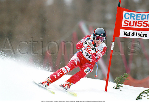 KIRSTEN L CLARK (USA), Women's Super-Giant Slalom, World Cup Skiing, Val D'Isere 001206 Photo:Neil Tingle/Action Plus...Credit Suisse.Snow.2000.winter sport.winter sports.wintersport.wintersports.alpine.ski.skier.woman.womens.women
