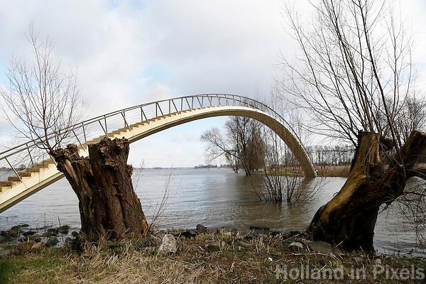 Nederland Nijmegen 2016 02 25.  Wandelbrug bij de Waal: de Ooijpoort.  Foto Berlinda van Dam / Hollandse Hoogte