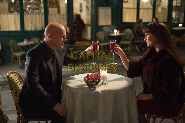 Bruce Willis, Catherine Zeta-Jones<br /> in RED 2 (2013) <br /> *Filmstill - Editorial Use Only*<br /> CAP/NFS<br /> Image supplied by Capital Pictures