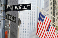 USA, New York City, Manhattan, building of NYSE New York Stock Exchange at Wall Street/ Boerse an der Wall St.