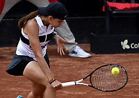 BOGOTÁ-COLOMBIA, 09-04-2019: Emiliana Arango de Colombia, devuelve la bola a de Paises Bajos, durante partido por el Claro Colsanitas WTA, que se realiza en el Carmel Club en la ciudad de Bogotá. / Emiliana Arango from Colombia, returns the ball to Bibiane Schoofs from Netherlans, during a match for the WTA Claro Colsanitas, which takes place at Carmel Club in Bogota city. / Photo: VizzorImage / Luis Ramírez / Staff.
