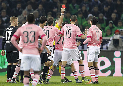 03.11.2015. Moenchengladbach, Germany, UEFA Champions League football group stages. Borussia Moenchangladbach versus Juventus.  Hernanes (Juventus Turin) (11) gets the red card during the Champions league match