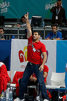 15.01.2013 World Championshio Handball. Match between Algeria vs Egypt (24-24) at the stadium La Caja Magica. The picture show Assem Elsaadany (Coach of Egypt)