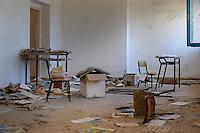 Isola di Pianosa. Pianosa Island. <br /> La scuola elementare abbandonata nel 1998.<br /> Elementary School abandoned in 1998.