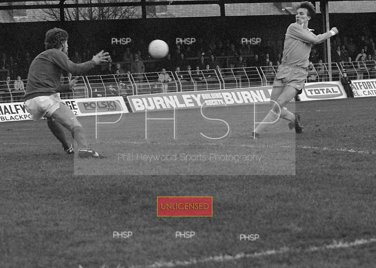 22/11/80 Blackpool v Fleetwood Town FAC 1..Wayne Entwistle scores the first goal.©  Phill Heywood