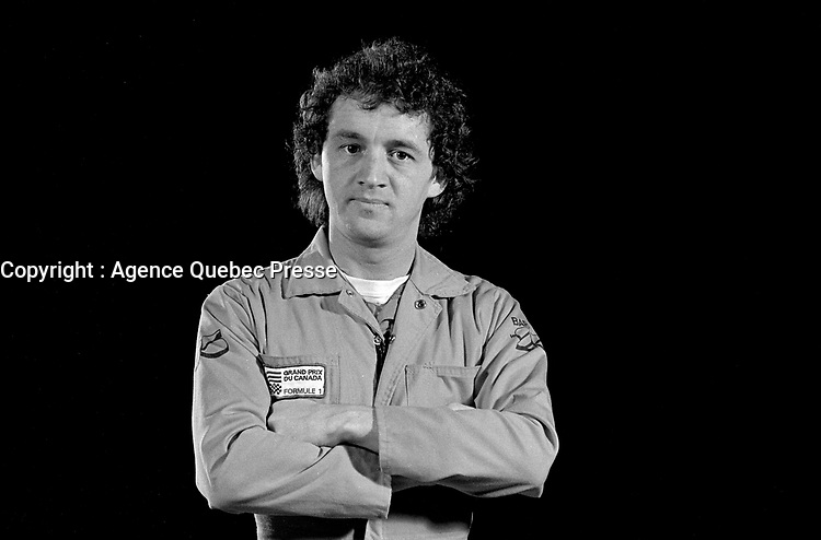 EXCLUSIVE PHOTO - Comic Michel Barrette pose in studio on January 23, 1984<br /> <br /> Fle Photo : Agence Quebec Presse  - Denis Alix