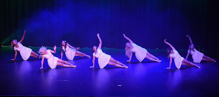 Titanic performing at the Drogheda Town FC dance show in the TLT. Photo:Colin Bell/pressphotos.ie