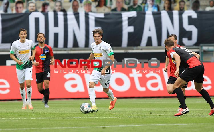 Am Ball: Gladbachs Jonas Hofmann - <br /><br />27.06.2020, Fussball, 1. Bundesliga, Saison 2019/2020, 34. Spieltag, Borussia Moenchengladbach - Hertha BSC Berlin,<br /><br />Foto: Johannes Kruck/POOL / via / Meuter/Nordphoto<br />Only for Editorial use