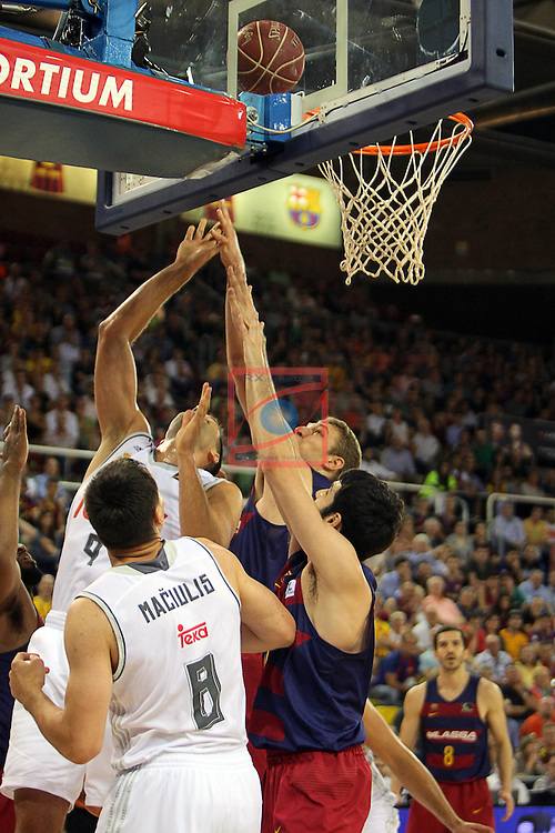 League ACB-ENDESA 2015/2016. <br /> Play-Off Final - Game 2.<br /> FC Barcelona Lassa vs Real Madrid: 70-90.<br /> Felipe Reyes, Justin Doellman, Alex Abrines &amp; Jonas Maciulis.