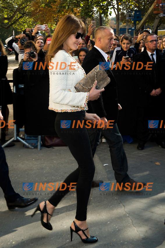 Carla Bruni Sarkozy Chanel s fashion show arrivals - Paris - 04/10/2016 <br /> Foto Panoramic / Insidefoto