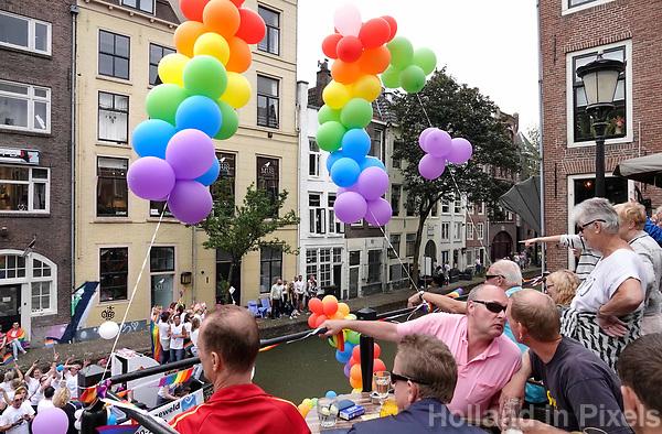 Nederland  Utrecht - 2018. Voor het tweede jaar vaart de Utrecht Canal Pride door de binnenstad.   Foto mag niet in negatieve / schadelijke context gepubliceerd worden.   Foto Berlinda van Dam / Hollandse Hoogte.