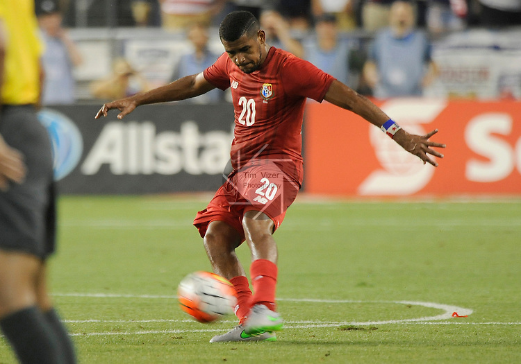 Panama Anibal Godoy (20) takes a kick in first half action. Panama tied the USA 1-1 in a Group A game during the Gold Cup 2015 at Sporting Park in Kansas City, Kansas on Monday July 13, 2015.