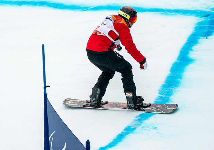 PyeongChang 16/3/2018 - Curt Minard during the snowboard banked slalom at the Jeongseon Alpine Centre during the 2018 Winter Paralympic Games in Pyeongchang, Korea. Photo: Dave Holland/Canadian Paralympic Committee