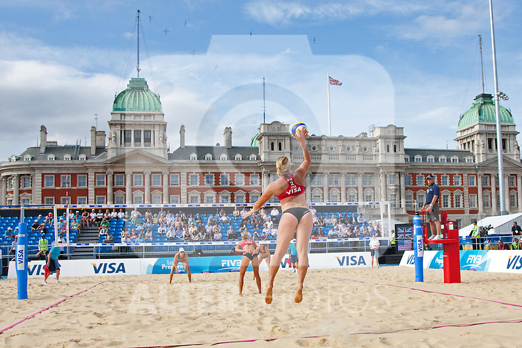 10.08.2011, Horse Guards Parade, London, GBR, FIVB International London im Bild Lucy Boulton & Denise Johns (GBR) vs Tealle Hunkus & Heather Lowe (USA) during the FIVB International Beach Volleyball tournament, part of the London prepares (LOCOG) 2012 Olympic test events held at Horse Guards Parade, Westminster, London, EXPA Pictures © 2011, PhotoCredit: EXPA/ M. Gunn