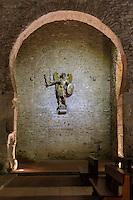 France, Pyrénées-Orientales (66), Codalet, abbaye de Saint-Michel de Cuxa, dans l'église statue de l'archange saint Michel vu au travers d'un arc en fer à cheval // France, Pyrenees Orientales, Codalet, Saint Michel de Cuxa abbey, in church statue of Saint Michael the Archangel