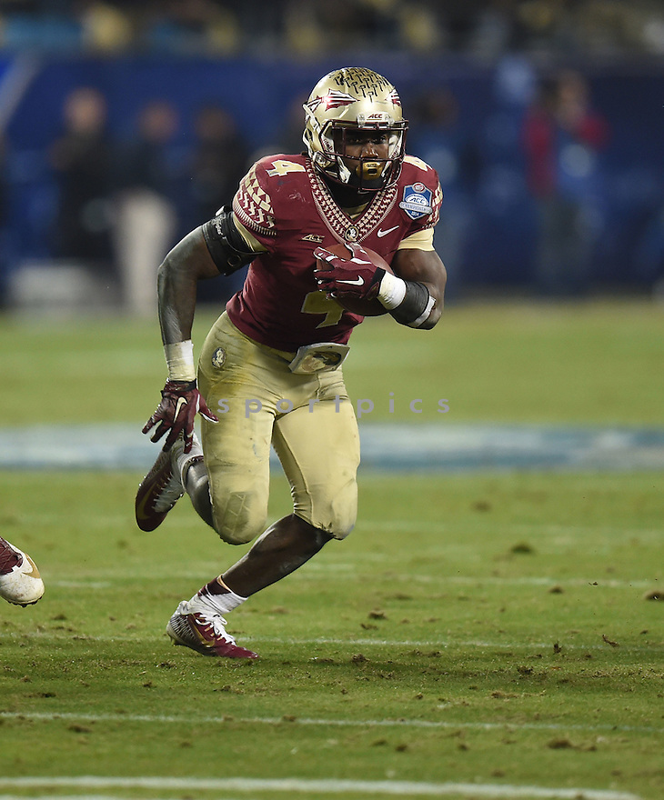 Florida State Seminoles Dalvin Cook (4) during the ACC Championship game against Georgia Tech Yellow Jackets on December 6, 2014 at Bank of America Stadium in Charlotte, NC. Florida State beat Georgia Tech 37-35.