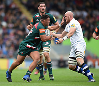 Ellis Genge of Leicester Tigers looks to fend Matt Garvey of Bath Rugby. Aviva Premiership match, between Leicester Tigers and Bath Rugby on September 3, 2017 at Welford Road in Leicester, England. Photo by: Patrick Khachfe / Onside Images