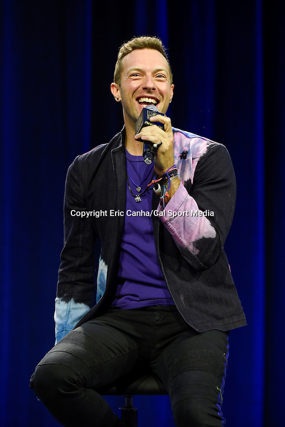 Thursday, February 4, 2016: Chris Martin of the band Coldplay talks to the media at a press conference at the Moscone Center in San Francisco, California, to discuss their upcoming performance at the Pepsi Super Bowl 50 Halftime Show. Eric Canha/CSM