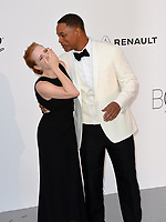 Jessica Chastain &amp; Will Smith at the 24th amfAR Gala Cannes at the Hotel du Cap-Eden-Roc, Antibes, France. 25 May 2017<br /> Picture: Paul Smith/Featureflash/SilverHub 0208 004 5359 sales@silverhubmedia.com