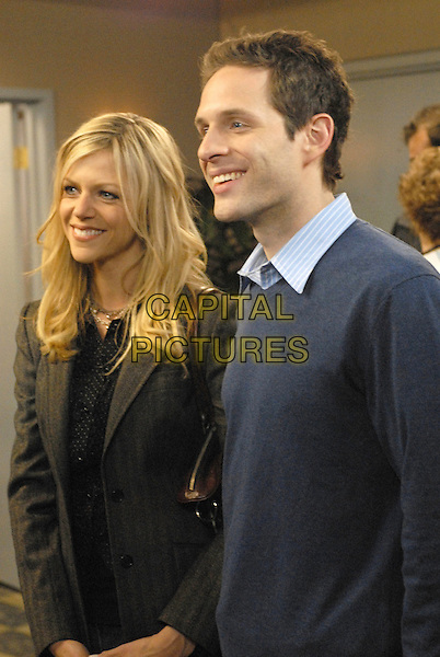 KAITLIN OLSON & GLENN HOWERTON.in It's Always Sunny in Philadelphia (Year 2).*Editorial Use Only*.Ref: FB.www.capitalpictures.com.sales@capitalpictures.com.Supplied by Capital Pictures.