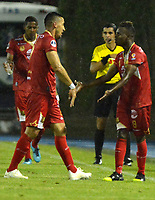 RIONEGRO- COLOMBIA, 21-05-2019: Jáder Obrian de Rionegro Águilas Doradas (COL) celebra el tercer gol anotado a Club Atlético Independiente (ARG), durante partido de ida de la segunda fase entre Rionegro Águilas Doradas (COL) y Club Atlético Independiente (ARG) por la Copa Conmebol Sudamericana 2019, jugado en el estadio Alberto Giraldo de la ciudad de Rionegro. / Jader Obrian of Club Atletico Independiente (ARG), celebrates the third goal scored to Club Atletico Independiente (ARG), during a match of the first round of the second stage between Rionegro Aguilas Doradas (COL) and Club Atletico Independiente (ARG) for the Conmebol Sudamericana Cup 2019, played at Alberto Giraldo stadium in Rionegro city. Photo: VizzorImage / Fernando Agudelo / Cont.