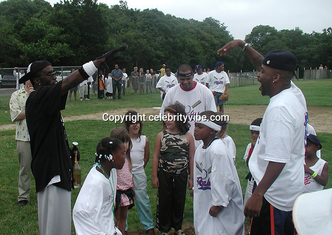 Sean Puffy Combs, Damon Dash & Kids.Bad Boy vs. Rocafella Baseball Game.To benefit disadvantaged kids.Stony Park.Easthampton, NY.July 4th, 2001.Photo by Celebrityvibe.com..