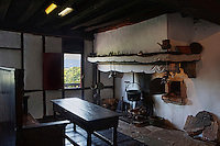 Europe/France/Aquitaine/64/Pyrénées-Atlantiques/Pays-Basque/Sare: La Maison Ortillopitz - La Cuisine