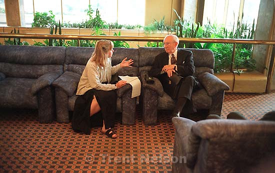 Peggy Stack interviews LDS President Gordon B. Hinckley.<br />