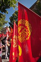 Bandiere della FIOM durante lo Sciopero Nazionale della CGIL, in Abruzzo il corteo della protesta si è svolta nella zona rossa della città de L'Aquila ad un anno dal terremoto. 25/06/2010 Photo: Adamo Di Loreto/BuenaVista*Photo