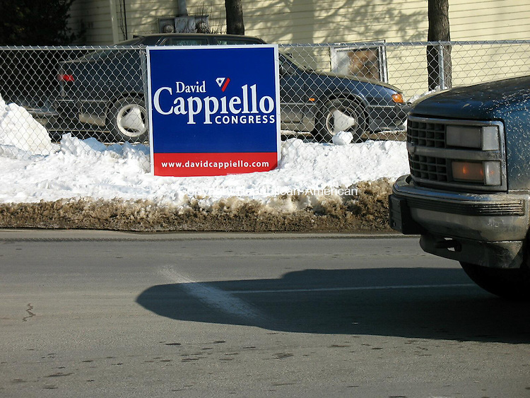WATERBURY, CT - 26 January 2009 - 012209RA01 - David Cappiello's campaign sign at Wolcott Street and Manor Avenue in Waterbury