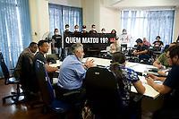 SAO PAULO, SP, 05.10.2015 - PROTESTO-SP -  A Ong Rio de Paz realiza ato durante a reunião do CONDEPE ( Conselho Estadual de Defesa dos Direitos da Pessoa Humana) em decorrência das chacinas de Osasco e Carapicuíba no centro de São Paulo nesta segunda-feira 05. (Foto: Gabriel Soares/ Brazil Photo Press)