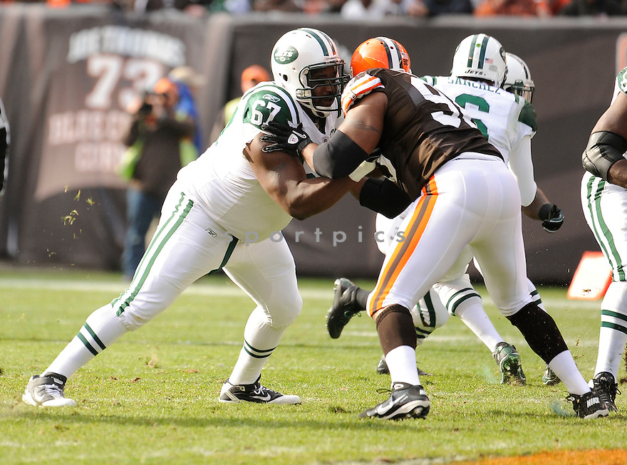 DAMIEN WOODY, of  he Cleveland Browns, in action during the Browns game against the New York Jets on November 14, 2010 at Cleveland Browns Stadium in Cleveland, Ohio. .Jets beat the Browns 26-20...SportPics