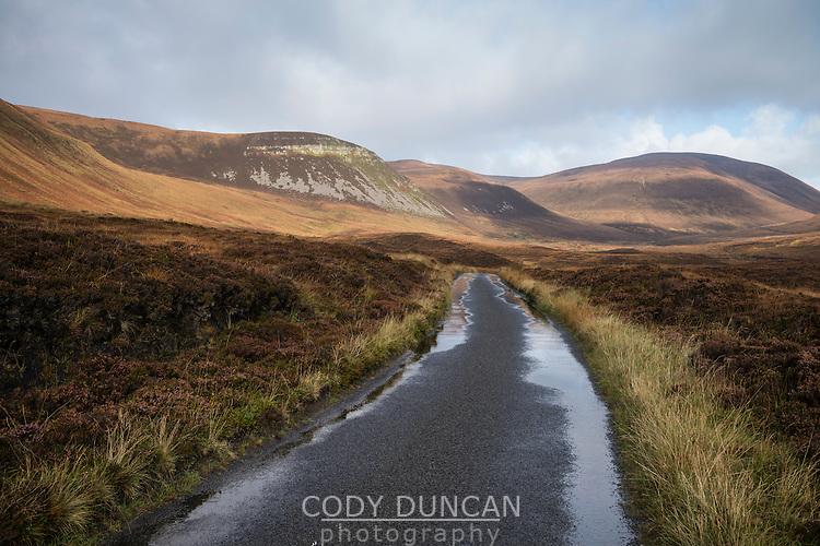 Single lane road through the isolated Rackwick Bay, Hoy, Orkney, Scotland