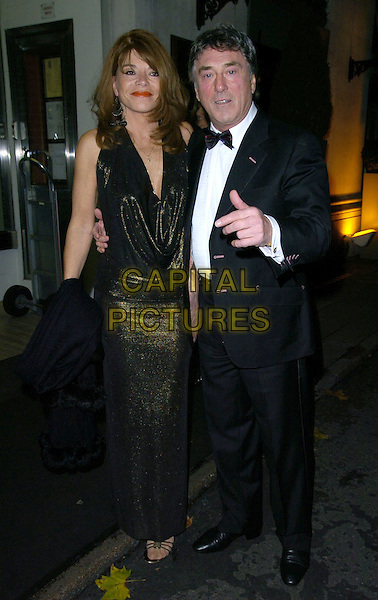 BILLY MURRAY & WIFE.Attend The Butterfly Ball, Marriott Grosvenor Square Hotel, London, England, November 25th 2006..full length.CAP/CAN.©Can Nguyen/Capital Pictures