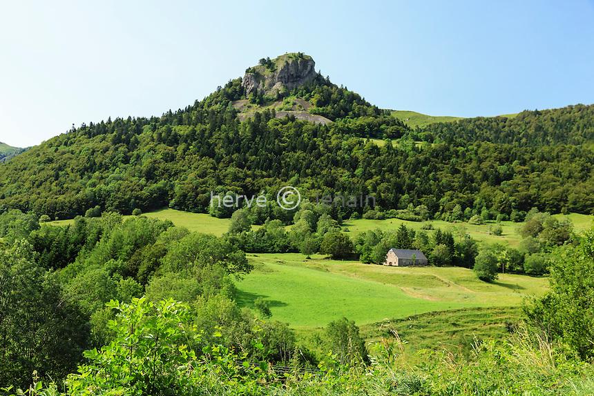 France, Cantal (15), vallée du Mars, le Falgoux // France, Cantal, Mars valley, the Falgoux