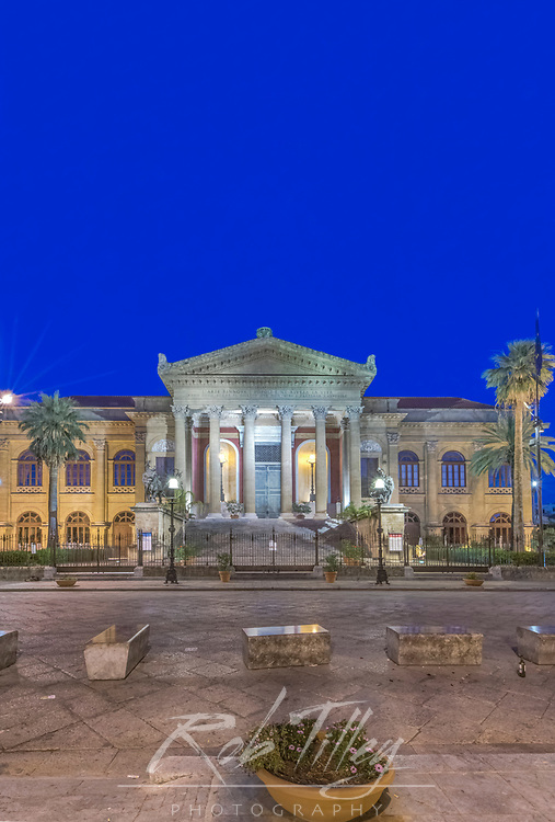 Europe, Italy, Sicily, Palermo, Teatro Massimo at Dawn