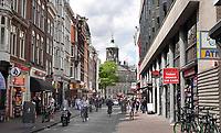 Nederland - Amsterdam - Juli 2020.    De Damstraat.    Foto ANP / Hollandse Hoogte / Berlinda van Dam